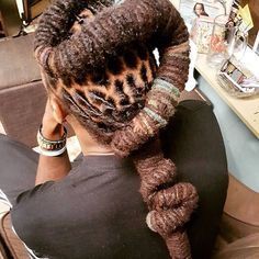 Tried Recreate this look! Men Dread Styles, Dreadlock Styles, Dreads Styles, Dreadlock Hairstyles For Men, Black Men Hairstyles, Haircuts For Men, Dreadlocks Men, Loc Updo, Long Dreads