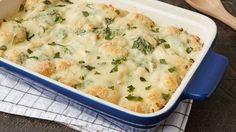 Chicken-Spinach-Artichoke Biscuit Casserole