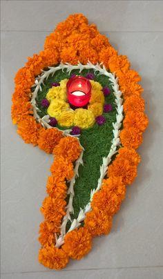 For Ganesha Pujan. Rangoli Designs Flower, Rangoli Patterns, Rangoli Ideas, Flower Rangoli, Beautiful Rangoli Designs, Flower Designs, Kolam Designs, Diwali Decoration Lights, Festival Decorations