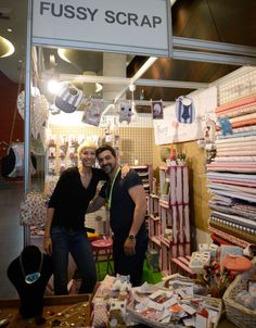 Fussy Scrap es una tienda online podrás comprar los materiales, herramientas, adornos... de Scrapbooking y de Patchwork que necesites.
