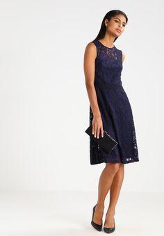 Kleding Dorothy Perkins Korte jurk - navy blue Donkerblauw: 49,95 € Bij Zalando (op 9/02/17). Gratis verzending & retournering, geen minimum bestelwaarde en 100 dagen retourrecht!