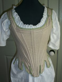 """List of free patterns and tutorials for period clothes, colonial- WWII, under """"free patterns"""" button"""