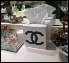 CHANEL Tissue Box Cover White Lacquer by Cremedelacremejhome