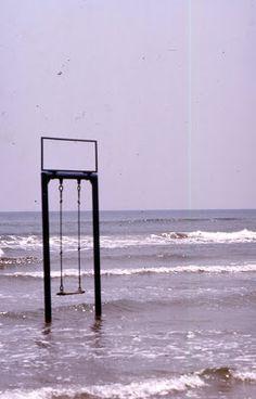 Rimini a giorni dispari: L'altalena
