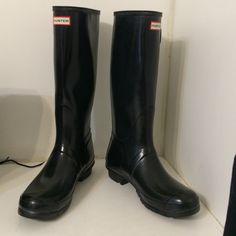 Hunter original tall gloss boots Slightly used Hunter Boots Shoes Winter & Rain Boots