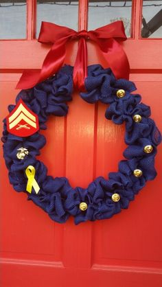 Marine Corps burlap wreath with chevron buttons and EGA