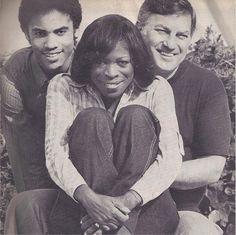 Lenny Kravitz, su madre, la actriz Roxie Roker y su padre Sy Kravitz. Black White, Black Love, Black Is Beautiful, Beautiful Family, Beautiful People, Black Art, Beautiful Things, Black Actors, Black Celebrities