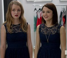Carter and Taylor's navy blue lace dresses on Finding Carter.  Outfit Details: http://wornontv.net/36266/ #FindingCarter