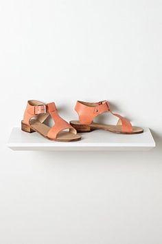 Causeway T-Strap Sandals | Anthropologie.eu