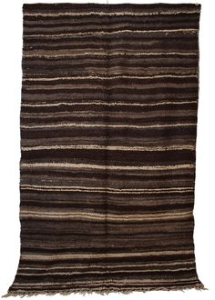 Tribe: Beni Ouarain Code: B93 Size: 5'10×9'8 Fiber: Wool Pile: Short Condition: Good