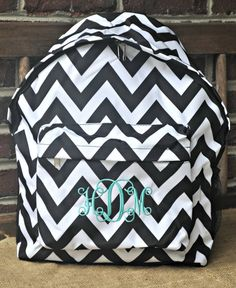 Adorable monogrammed Jansport backpack with a chevron bow! Exact ...