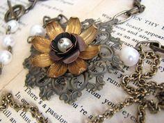 fun and pretty necklace