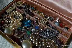 1000  images about Vintage jewelry on Pinterest | Brooches, Vintage rings and Amethyst rings