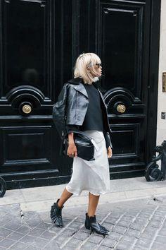 Kenzo - The Haute Pursuit Stylish Street Style, Street Style Looks, Street Chic, Street Style Women, Office Looks, Daily Fashion, Kenzo, Moda Minimal, Fashion Corner