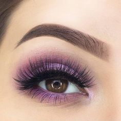 Light purple eye makeup