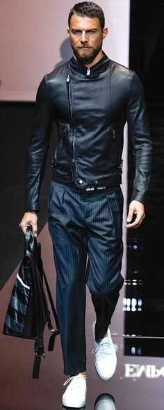 Emporio Armani summer 2015. Pleated pants look sloppy next to the clean futuristic lines of this great jacket. take notes ppl