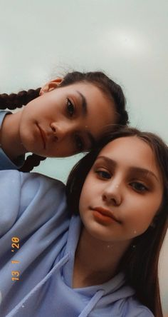 Best Friend Pictures, Bff Pictures, Creative Instagram Stories, Instagram Story, Fake Girls, Fake Photo, Indian Wedding Photography, Girls Selfies, Photos Tumblr