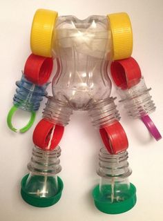 33 Ideas for pet bottle crafts Plastic Bottle Crafts, Bottle Cap Crafts, Recycle Plastic Bottles, Recycled Art Projects, Recycled Crafts, Plastik Recycling, Pet Recycling, Diy For Kids, Crafts For Kids