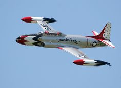 T-33 Thunderbird. My Uncle Forrest flew one like this, but not for the Thunderbirds.