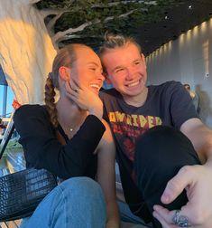 """2,868 kedvelés, 410 hozzászólás – Ella Isachsen Skorgan (@ellaskorgan) Instagram-hozzászólása: """"🥰🥰"""" Cute Twins, True Friends, Norway, Famous People, Girlfriends, Couple Photos, My Love, Celebrities, Boys"""
