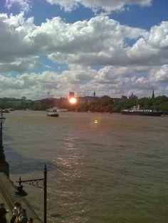sunny Thames