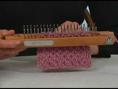 Learn the Criss Cross Stitch on the Knitting Board. This is a great stitch for blankets, sweaters, scarves and hats.
