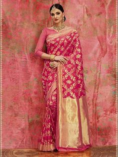 The Stylish And Elegant Saree In Pink Woven Colour Looks Stunning And Gorgeous With Trendy And Fashionable Woven . The Banarasi,Silk Party Wear Saree Looks Extremely Attractive And Can Add Charm To A. Indian Silk Sarees, Banarasi Sarees, Kalamkari Saree, Sari Bluse, Indische Sarees, Party Kleidung, Wedding Silk Saree, Indian Bridal Fashion, Stylish Sarees