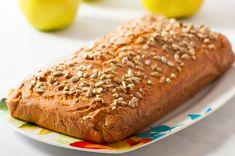 Переключиться на низкоуглеводную диету порой не просто. Кето хлеб из кокосовой муки сделает переход проще. Испеките такой хлеб и сможете наслаждаться бутербродами и тостами Bread Recipes, Keto Recipes, Healthy Recipes, Healthy Drinks, Healthy Eating, 90 Second Keto Bread, Easy Eat, Banana Bread, Food And Drink