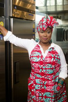Regal Red Apron & Headwrap. Annie Mae's CookWear. Made in Brooklyn,NY from 100% Cotton. https://www.etsy.com/shop/AnnieMaesCookwear