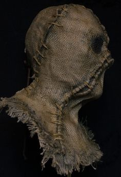 22c Scarecrow Mask, Scary Mask, Free Quotes, Halloween Diy, Cyberpunk, Hand Stitching, Skulls, Carving, Bags