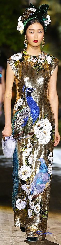Très Haute Diva ♔ Dolce & Gabbana Alta Moda Fall/Winter 2015-16 Portofino ♔ For more images visit my website http://www.treshautediva.com/
