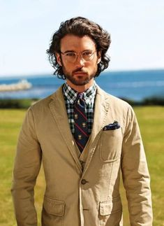 Ralph Lauren Menswear Spring-Summer 2013 Campaign: Burst of colors and prints are Guilty? ~ Men Chic- Men's Fashion and Lifestyle Online Magazine Trendy Mens Haircuts, Cool Haircuts, Curly Hair Cuts, Curly Hair Styles, Short Hair, Ralph Lauren Hombre, Mid Hairstyles, Mid Length Hair, Medium Hair Styles