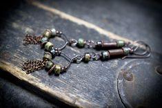 rustic earrings • African Turquoise stone • tribal • copper chain cascade • metalsmith • boucles d'oreilles rustiques • bijoux ethniques by entre2et7 on Etsy