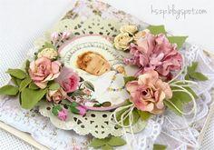 Dzisiaj dziecięca karteczka z grafiką z zestawu Baby Party  od Janet.     Wszystkie kwiatki, za wyjątkiem najmniejszych różanych pączków wyk...