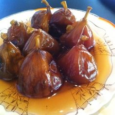 Figs in syrup Fig Recipes, Sweet Recipes, Cooking Recipes, Healthy Recipes, Small Desserts, Good Food, Yummy Food, Healthy Cooking, Dominican Food