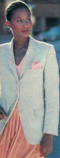 Beverly Johnson from 1978 Beverly Johnson, Black Beauty, Supermodels, Hair Inspiration, Trendy Fashion, Classic Style, 1970s, Black Women, Advertising