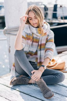 679b8b3de587 Jess Ann Kirby pairs Kork-Ease booties with skinny jeans and White and  Warren cashmere