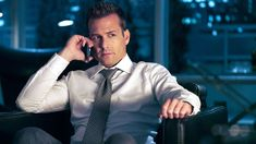 Gabriel Macht stars as Harvey Specter in Suits season 7 episode Suits Series, Suits Tv Shows, Suits Usa, Suits Season 7, Donna Paulsen, Suits Harvey, Blues, Bad Boy Style, Gabriel Macht