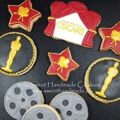 GIVEAWAY TIME!  This Saturday I will be giving away this set of Oscar cookies.  How do you become eligible to win?  I am choosing a winner from my email list, so register to receive my emails. You can do that over on my website (link in bio), Facebook page or send me a message. The cookies must be picked up in Bradford. #sweethandmadecookies #customcookies #decoratedcookies #designercookies #cookies #bradfordontariocookies  #oscars #oscarcookies #academyawardscookies #giveaway Bradford Ontario, Logo Cookies, Custom Cookies, Email List, Website Link, Decorated Cookies, Oscars, Giving, Cookie Decorating