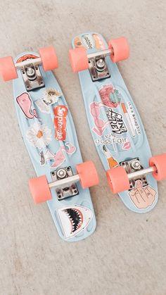 Skate Boards Discover penny board with stickers Penny Skateboard, Skateboard Deck Art, Skateboard Design, Skateboard Girl, Surfboard Art, Longboard Design, Vsco Pictures, Skate Girl, Cool Skateboards
