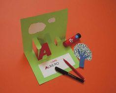 Lavoretto per bambini: libretto pop-up per imparare le vocali! - Nostrofiglio.it Diy And Crafts, Crafts For Kids, Paper Crafts, Libros Pop-up, Alphabet Games, Letter K, Interactive Notebooks, Learning Activities, Montessori