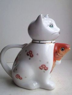 Cat & Goldfish Teapot funky retro pottery 1970s by MossMountain, $10.00