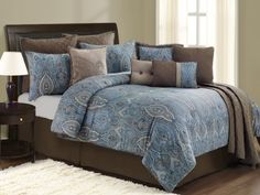Google Image Result for http://www.cheapcomfortersalebestprice.com/images_products/Light-Blue-Comforter-Queen.jpg