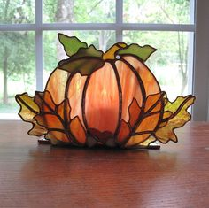 Stained Glass Pumpkin by zelma – Glass Art Designs Stained Glass Crafts, Stained Glass Lamps, Stained Glass Designs, Stained Glass Panels, Stained Glass Patterns, Leaded Glass, Mosaic Glass, Fused Glass, Stained Glass Ornaments