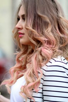 Ombre highlights with soft pink. An option for the upcoming summer festivals..
