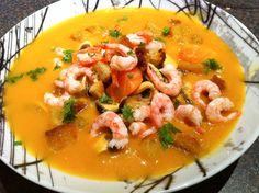 Fiskegryte med kajenne - chezENGH Seafood Soup, Thai Red Curry, Beverage, Ethnic Recipes, Drink, Liquor, Drinks
