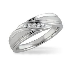 Love this ring....
