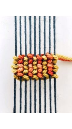 DIY Weaving Tutorial: Egyptian Knot Stripes – Try Weaving Textiles, Weaving Art, Weaving Patterns, Tapestry Weaving, Loom Weaving, Hand Weaving, Yarn Crafts, Diy And Crafts, Arts And Crafts