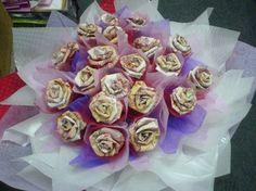 Oren Florist - Kuantan Pages Money Bouquet, Flower Delivery, Desserts, Tailgate Desserts, Deserts, Postres, Dessert, Plated Desserts