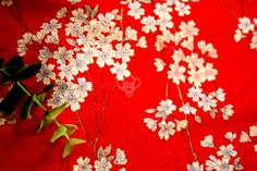 Japanese traditional fabric, 100% cotton, light weight.   Perfect print.    I think a handbag or a yukata/ kimono would be lovely with this very simpl